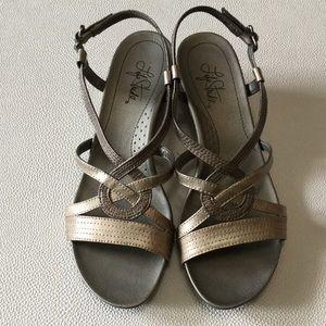 Cute Dress Sandals, EUC